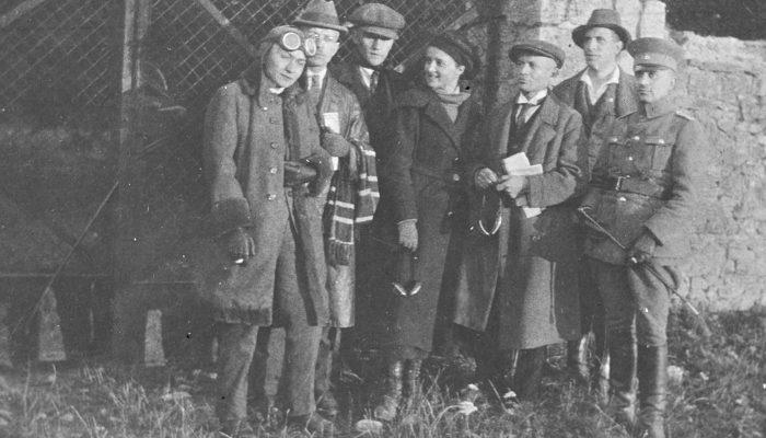 Oficerowie grupy ,,Wschód wśród nich Tadeusz Kulik, Michał Grażyński 1921