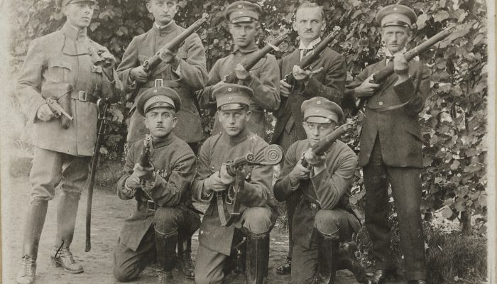 Selbschutz w mundurach Sipo